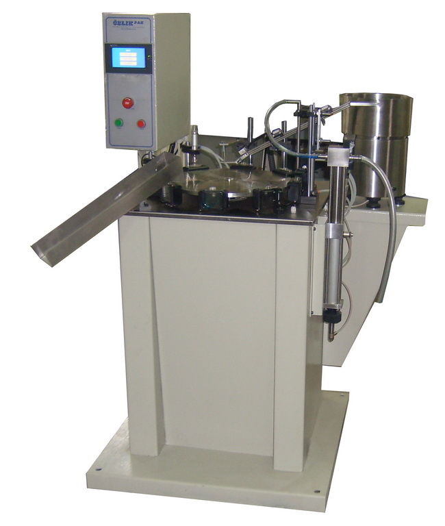 APK-8 MACHINE FOR LIQUID PACKING IN BOTTLE