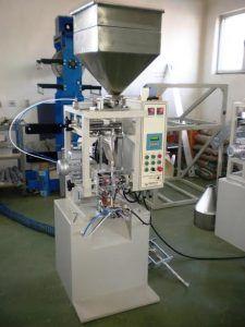 automatska-masina-za-pakovanje-ugostiteljskog-secera-aps-pir-08
