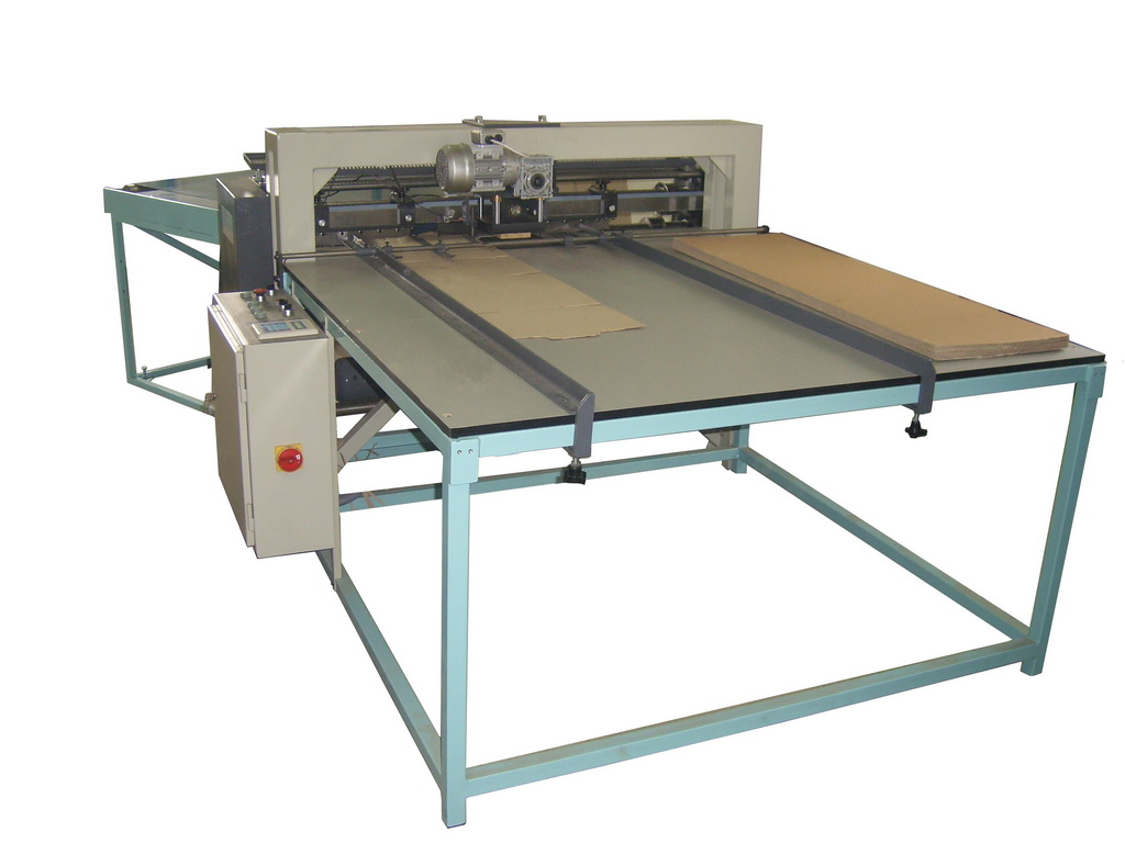 KBSR-1250 COMBINED MACHINE FOR CARDBOXRD BOXES WITH HOLES