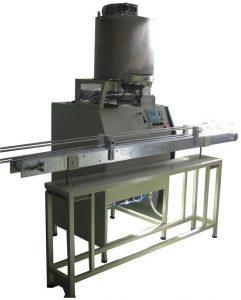 Poluautomatska mašina za pakovanje kremastih materijala u tegle PAC-1000