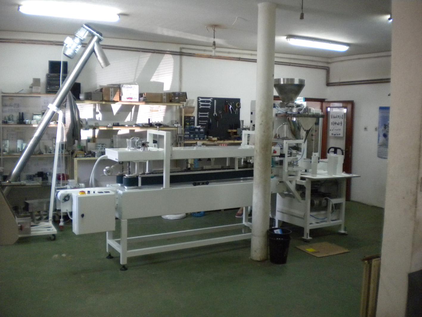 Linija za pakovanje brašna – šećera u papirne kese 1 i 2 kg – 5 kg
